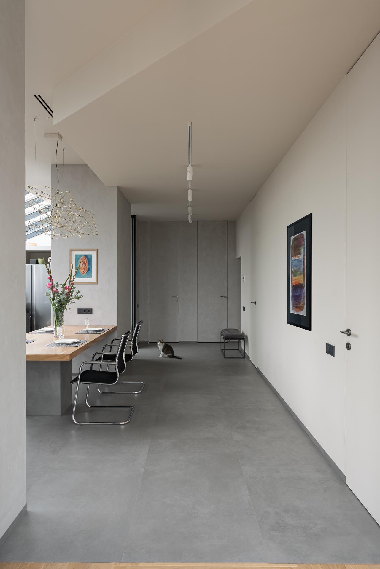 Минималистичная квартира по проекту бюро Haubaus